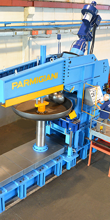 flanging machine for dished heads